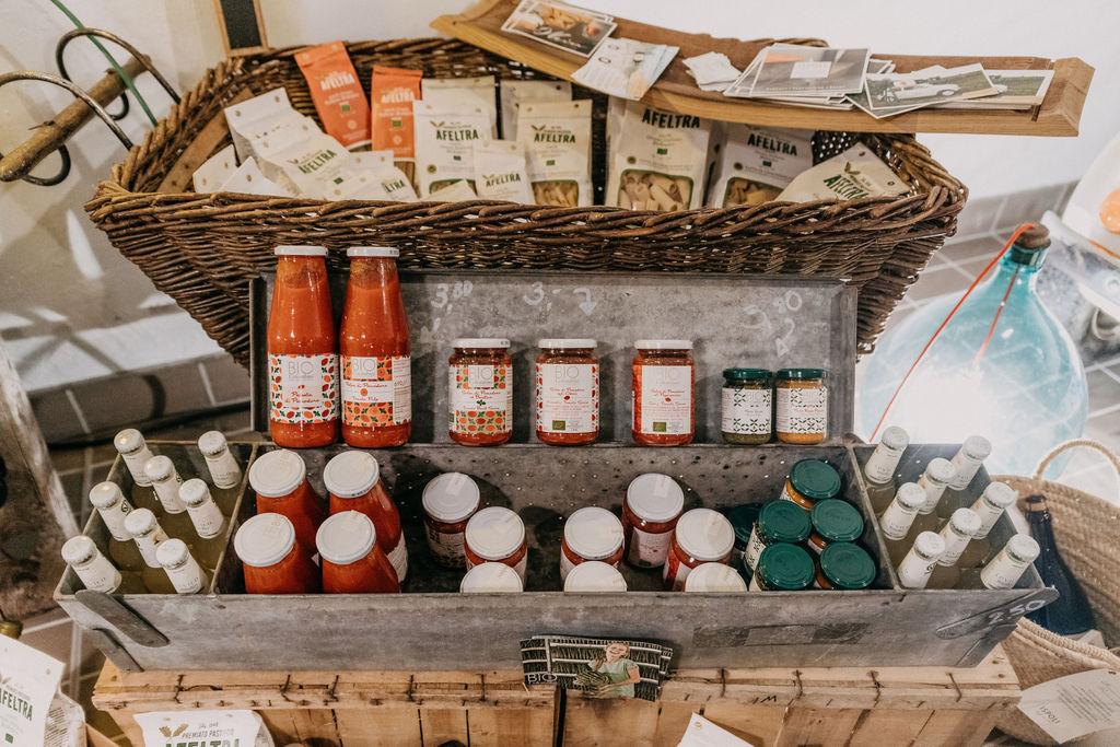 Ispoli & friends Lagerverkauf Pasta und Saucen